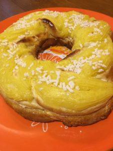 Rosca de pascuas con mazapán Rosca de pascuas con mazapán